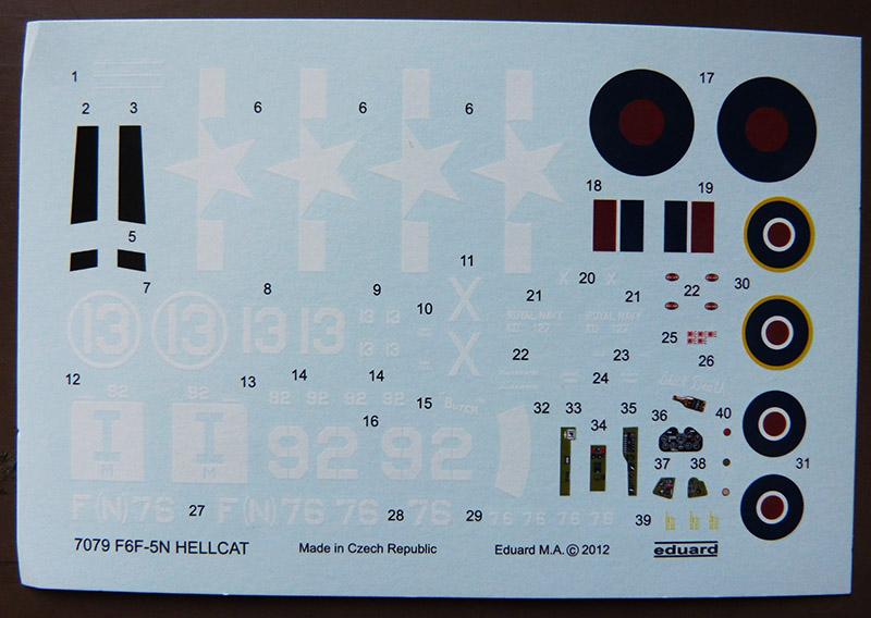 From the box - Hellcat NF Mk II - Eduard - 1/72. Hellca18
