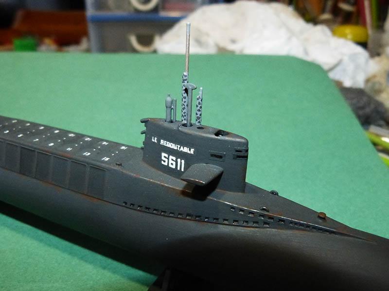 Sous-marin nucléaire lanceur d engins SNLE REDOUTABLE HELLER Réf  KIT 71241 Redout19