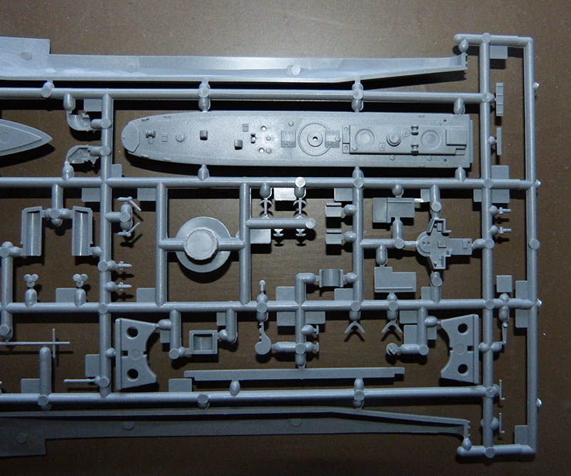 [Concours WW1]  Mirage Hobby - 1/400 - Torpilleur allemand V106. V105_011