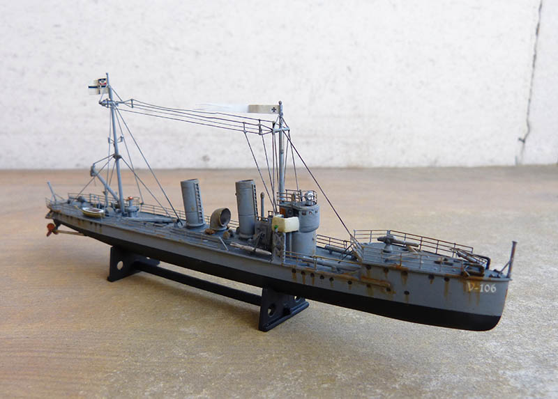 [Concours WW1]  Mirage Hobby - 1/400 - Torpilleur allemand V106. - Page 2 V106_122