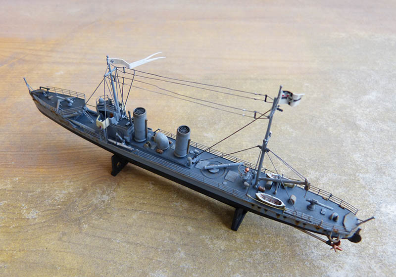 [Concours WW1]  Mirage Hobby - 1/400 - Torpilleur allemand V106. - Page 2 V106_123