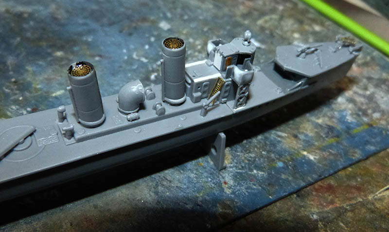 [Concours WW1]  Mirage Hobby - 1/400 - Torpilleur allemand V106. - Page 2 V106_414