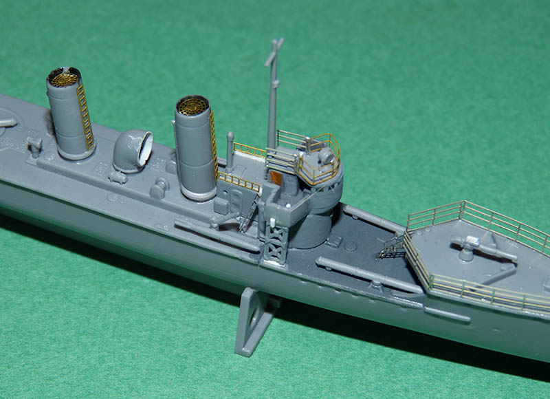 [Concours WW1]  Mirage Hobby - 1/400 - Torpilleur allemand V106. - Page 2 V106_510