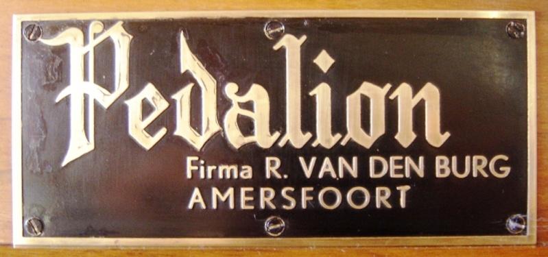 Un reedorgan Pedalion Van den BurgII/P 9 registres, 7 jeux Pedali11