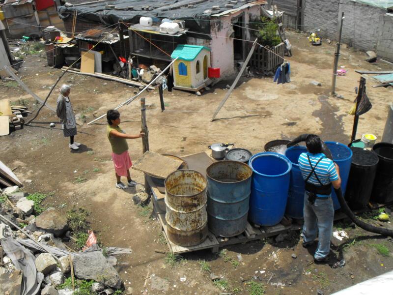 Icela Martinez: Accesibilidad al agua en la ciudad de México 13_mir10