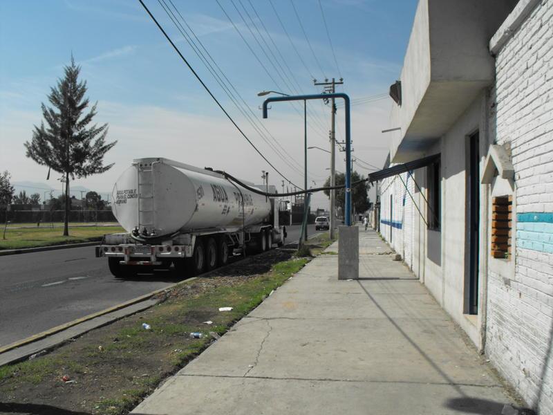 Icela Martinez: Accesibilidad al agua en la ciudad de México 1_garz10