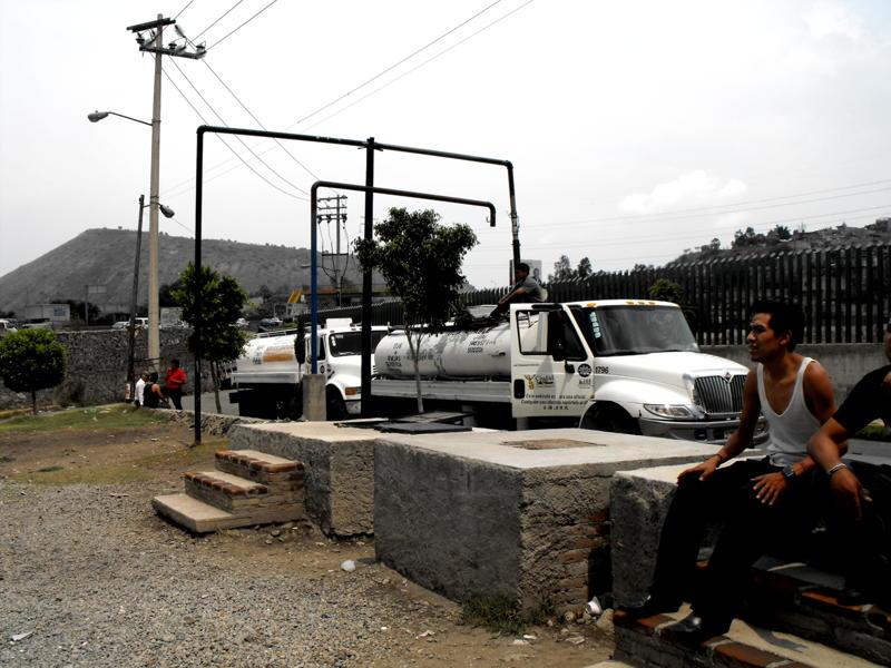 Icela Martinez: Accesibilidad al agua en la ciudad de México 2_garz10