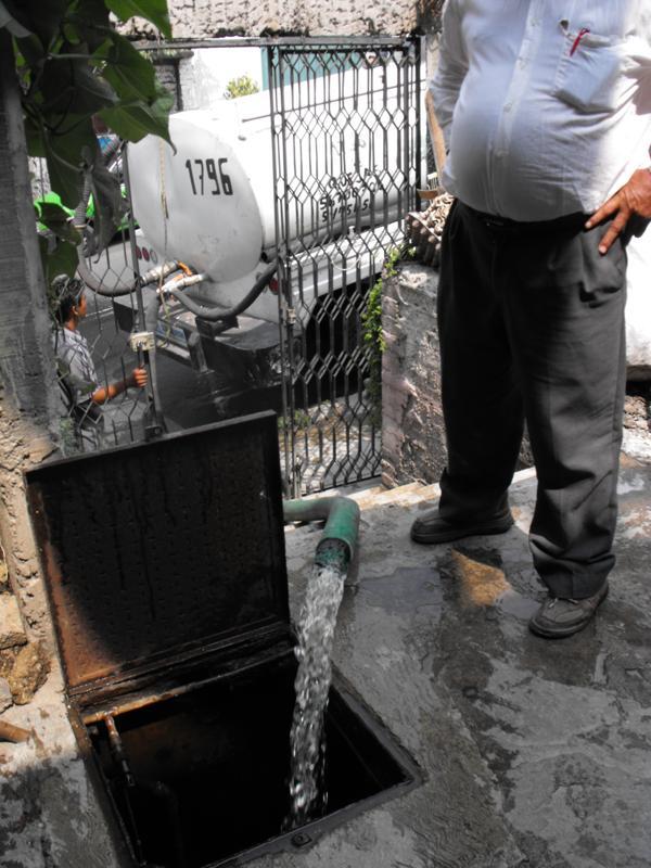 Icela Martinez: Accesibilidad al agua en la ciudad de México 3_smt_10