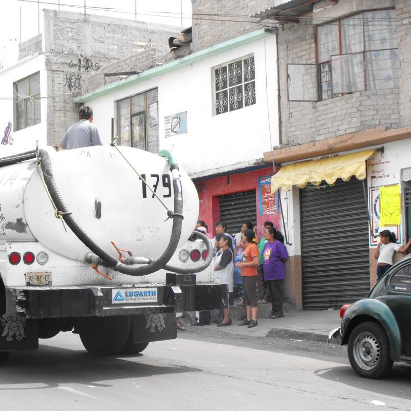 Icela Martinez: Accesibilidad al agua en la ciudad de México 4_smt_10