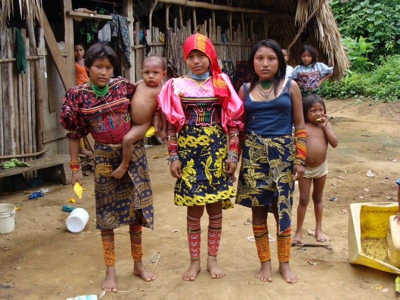 Les communautés Kunas de Madungandi et Pintupo (Panama) Pintup15
