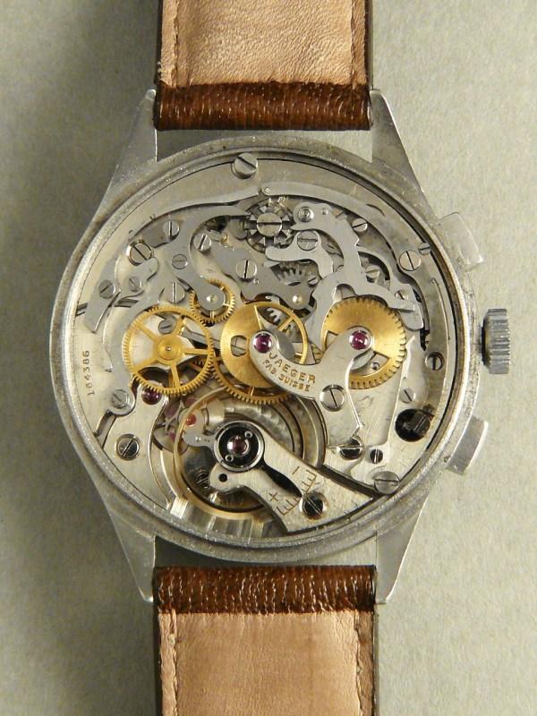 Un chrono Lecoultre signé Cartier 2u7of810