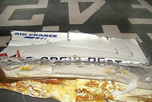 Disparition d'un avion Air France au large du Brésil: «aucun espoir», selon une source aéroporturaire - Page 2 H_4_il11
