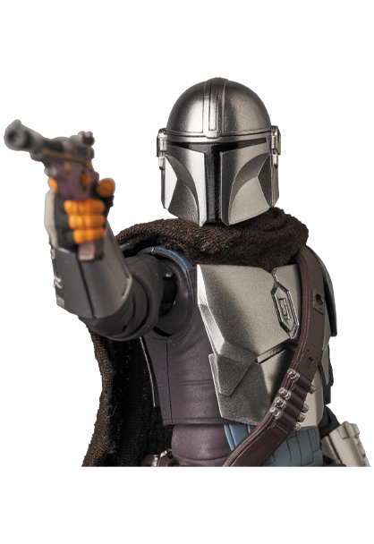The Mandalorian Beskar Armor & The Child Figure - Medicom 0157_210