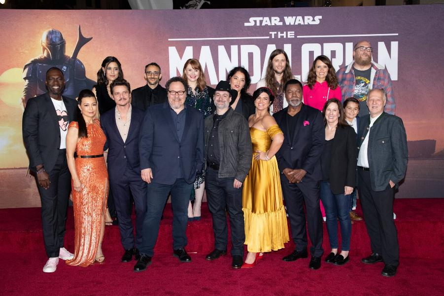 Les NEWS de la série Star Wars The Mandalorian - Page 3 0219