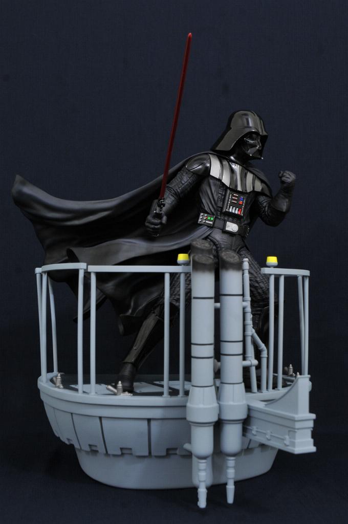 Gentle Giant Darth Vader Star Wars Milestone Statue 1:6  0225