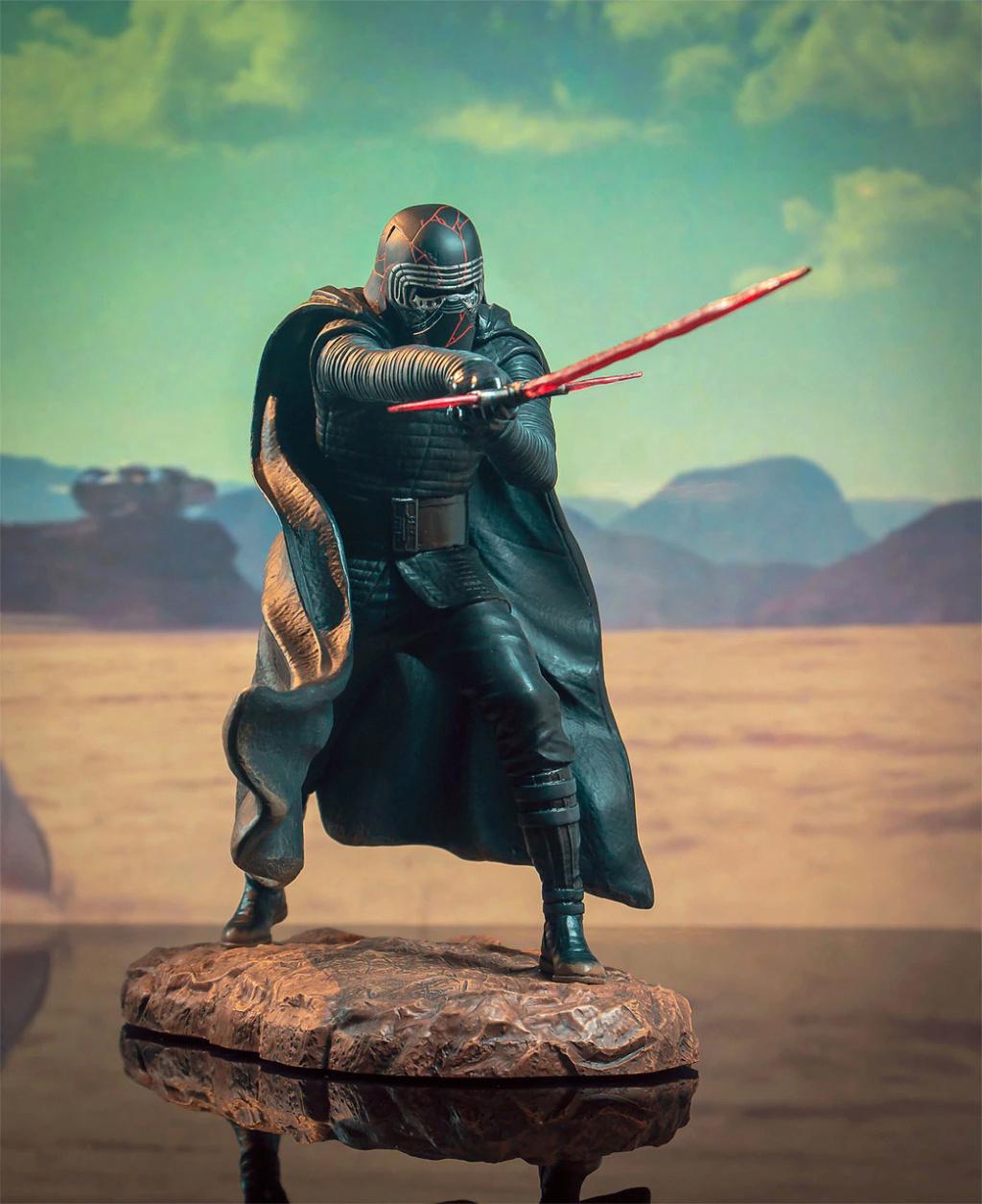Kylo Ren Rise of Skywalker Premier Collection 1:7 Statue DST 02_lef10