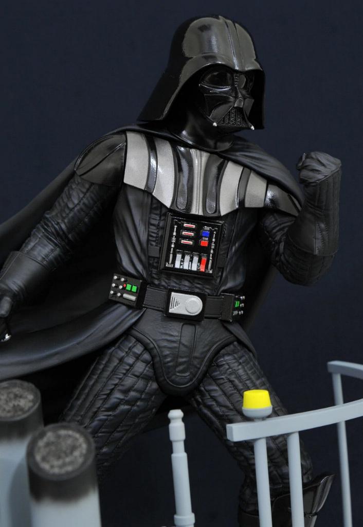 Gentle Giant Darth Vader Star Wars Milestone Statue 1:6  0325