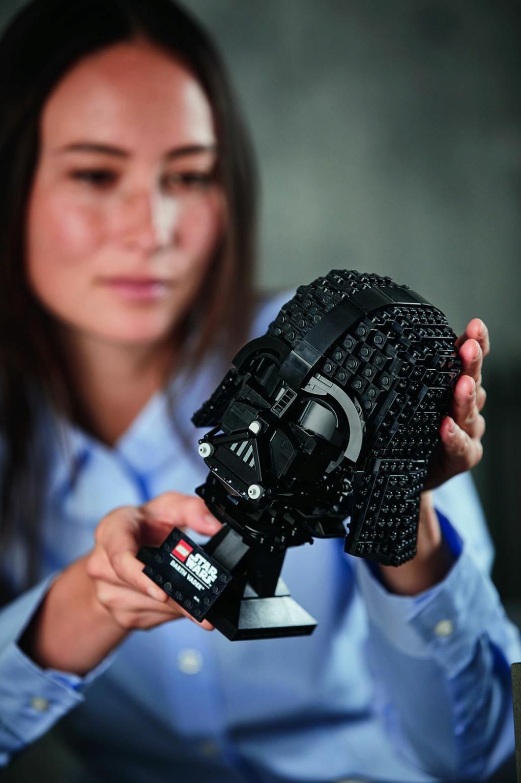 Lego Star Wars - 75304 - Darth Vader Helmet 75304_16
