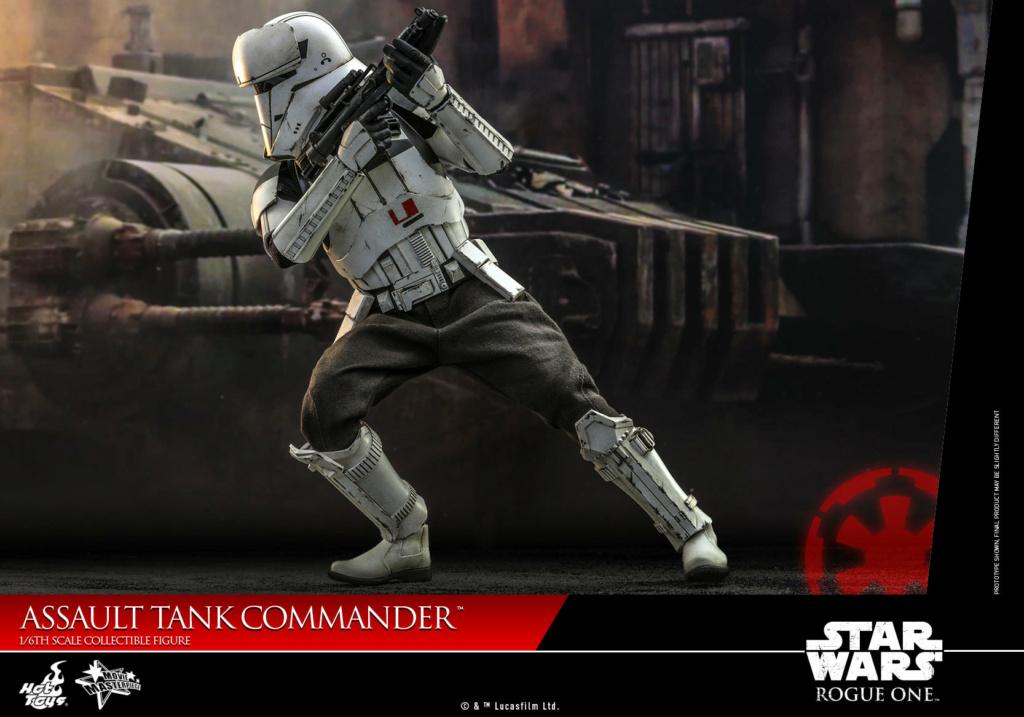 Assault Tank Commander - 1/6th scale - Hot Toys Assaul20