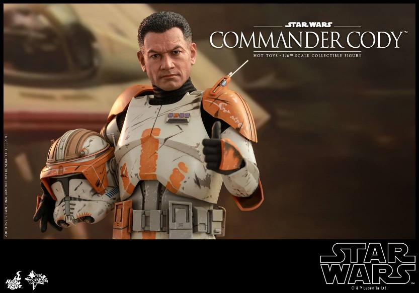 Hot Toys Star Wars - Commander Cody Sixth Scale Figure Cody_011