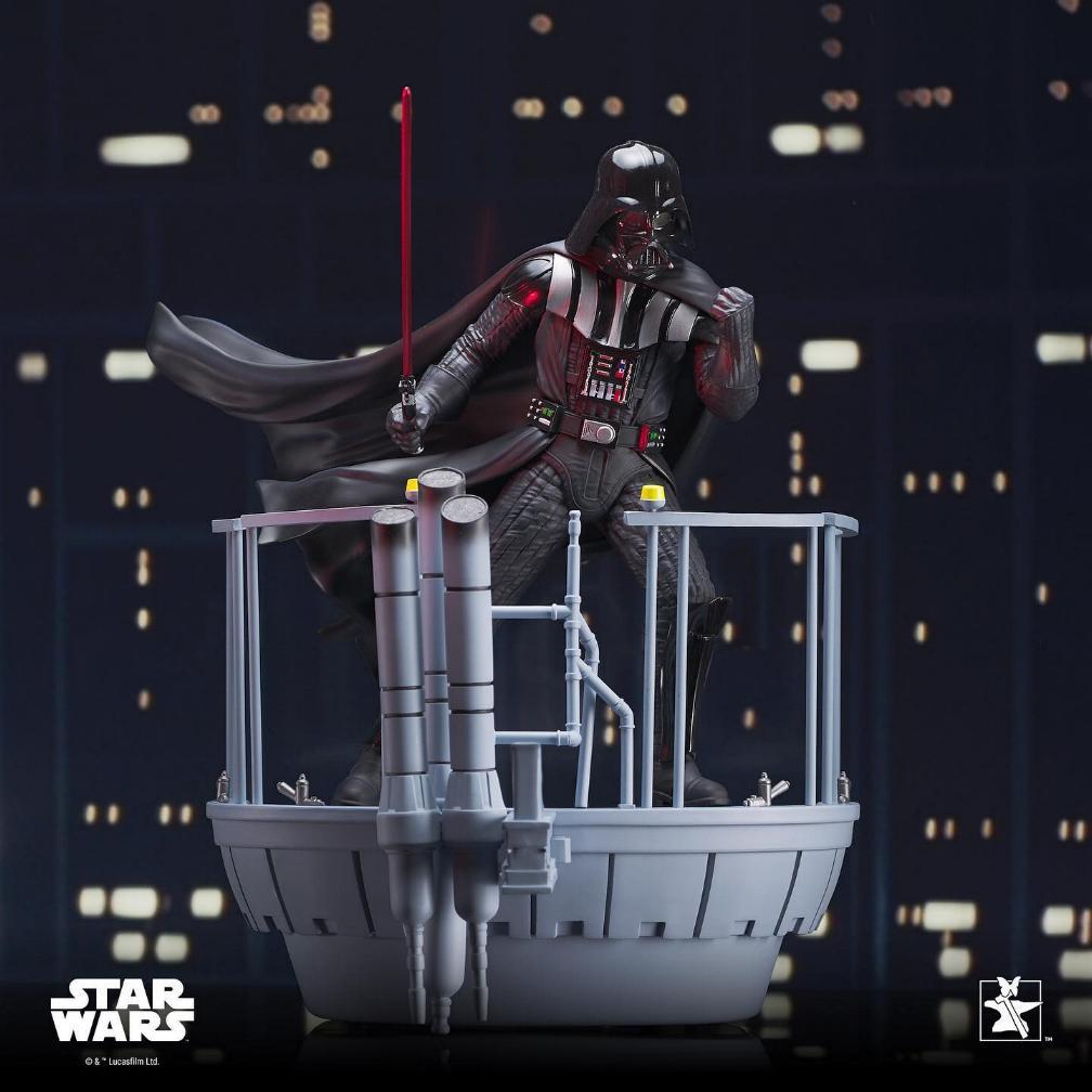 Darth Vader Star Wars Milestone Statue - Gentle Giant   Darth200