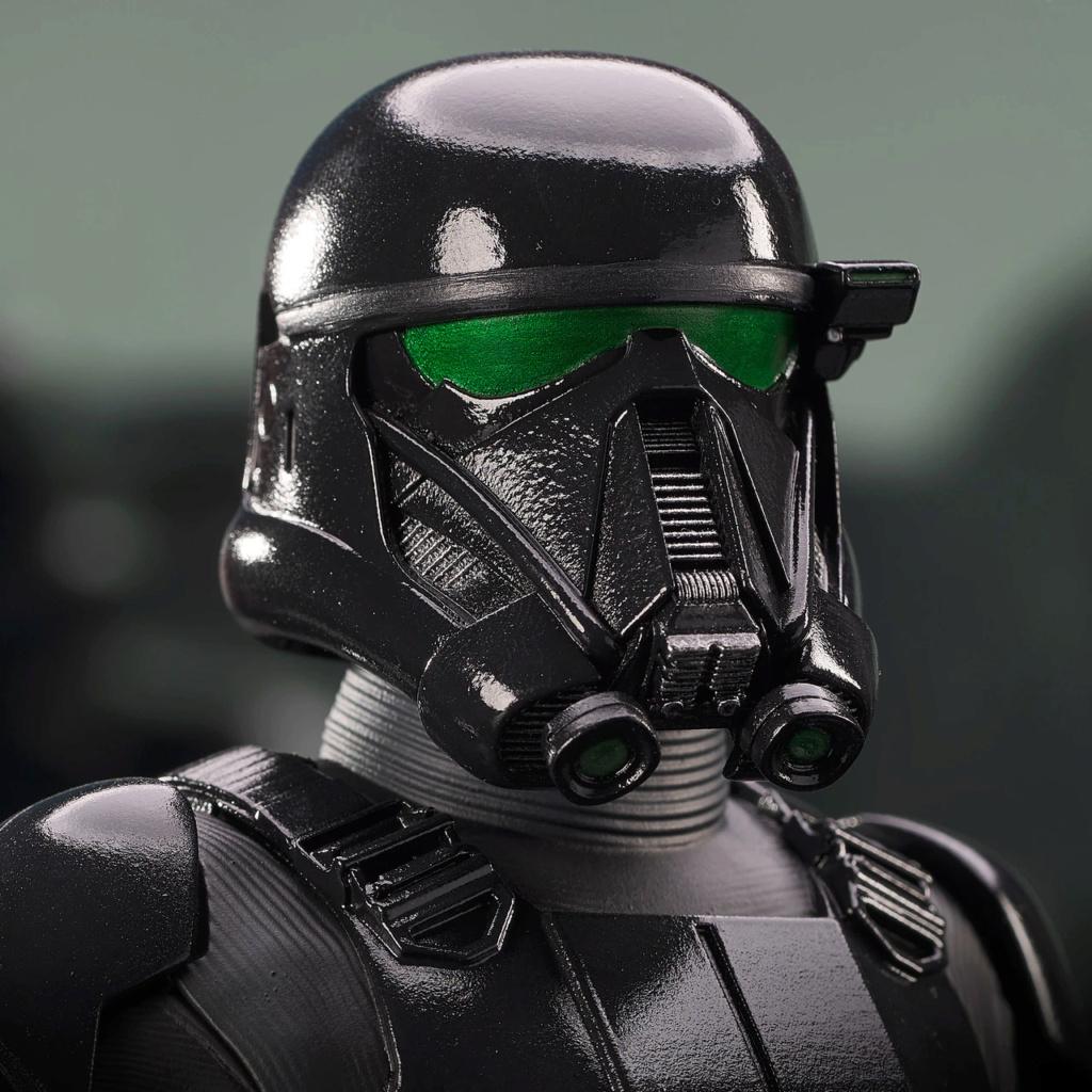 Death Trooper Mini Bust - Mandalorian Gentle Giant Death_40