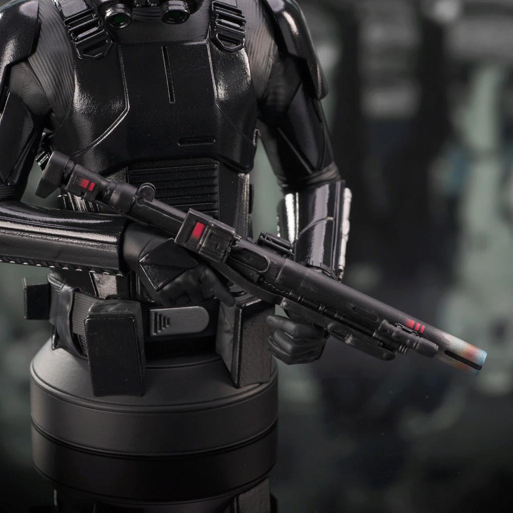 Death Trooper Mini Bust - Mandalorian Gentle Giant Death_43