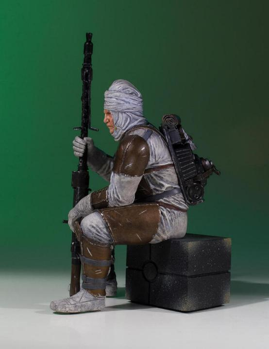 Gentle Giant - Dengar Collector's Gallery statue Dengar13