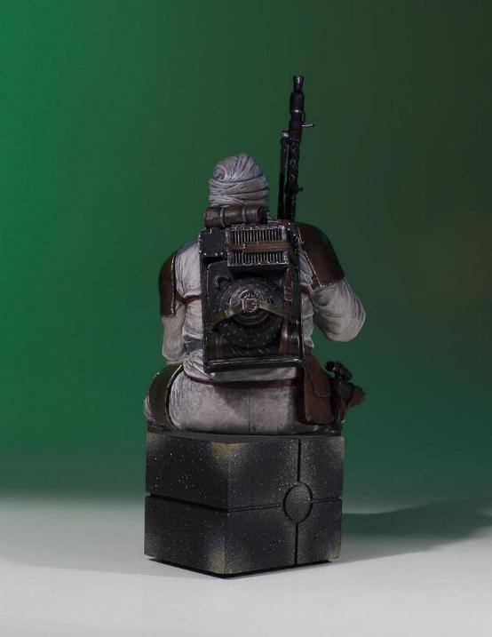 Gentle Giant - Dengar Collector's Gallery statue Dengar15