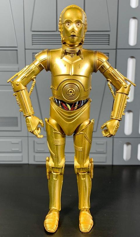 Les produits dérivés Star Wars Galaxy's Edge  Droid_15