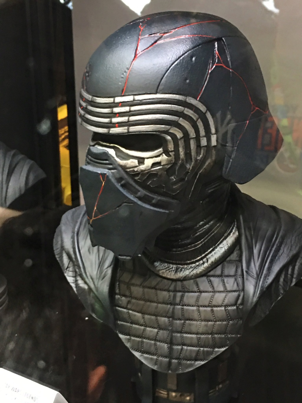 Kylo Ren Half-Scale Bust Diamond Select Toys/Gentle Giant  Egde3a10