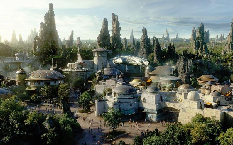 Millennium Falcon: Smuggler's Run - Star Wars: Galaxy's Edge Ewfalc14