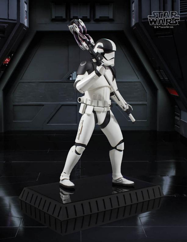 Gentle Giant - First Order Executioner 1/6th scale statue Execut14