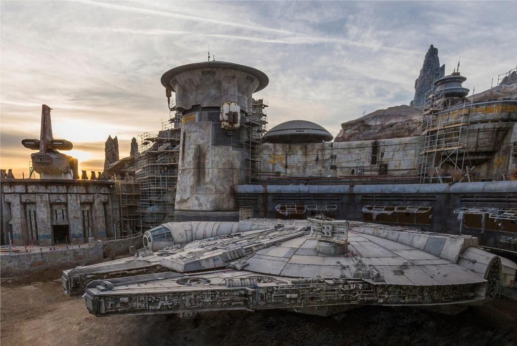 Les news Disney Star Wars: Galaxy's Edge aux Etats Unis (US) - Page 5 Faucon10