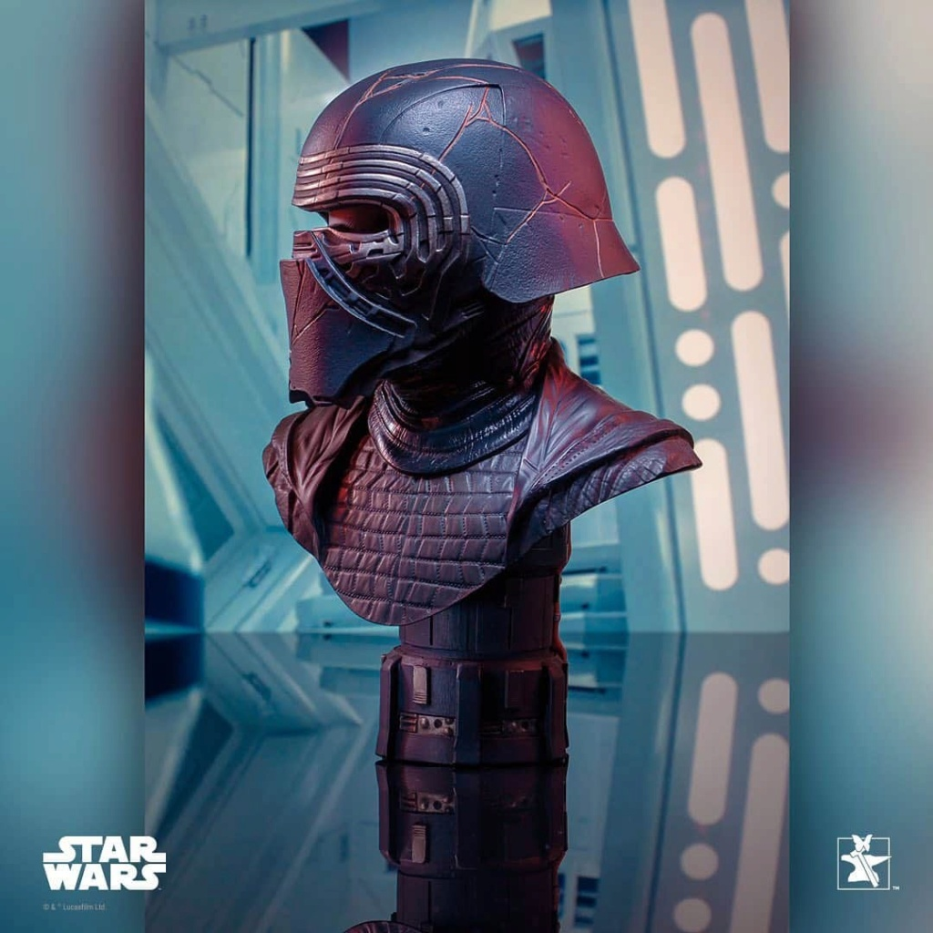 Kylo Ren Half-Scale Bust Diamond Select Toys/Gentle Giant  Fb_im103