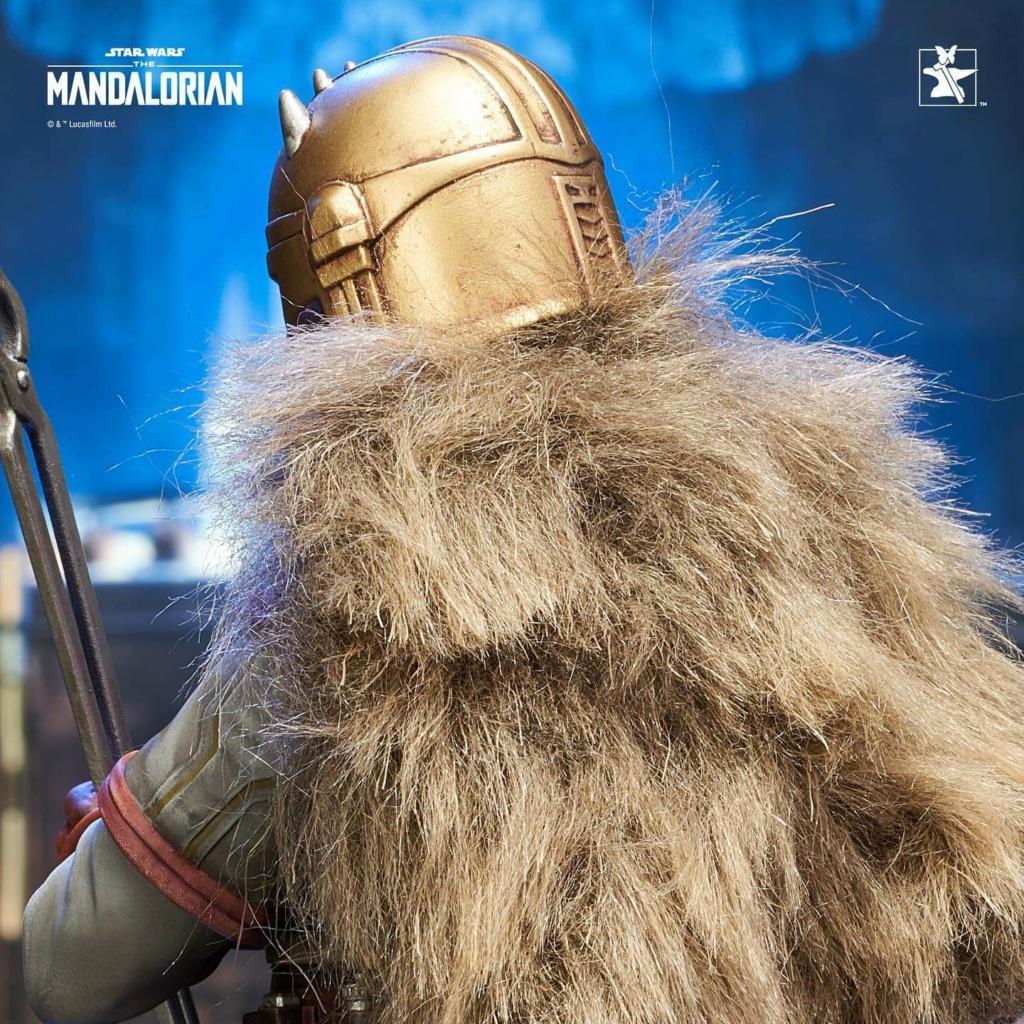 Mandalorian Armorer Mini Bust - PGM 2020 - Gentle Giant Fb_im161