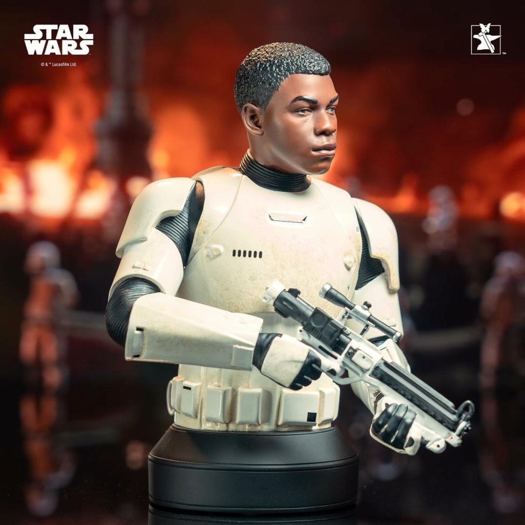 Finn (FN-2187) Mini Bust - The Force Awakens - Gentle Giant Finn_m20