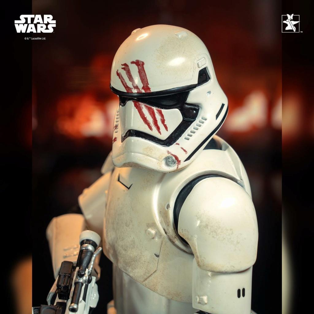 Finn (FN-2187) Mini Bust - The Force Awakens - Gentle Giant Finn_m24
