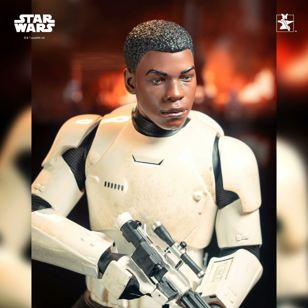 Finn (FN-2187) Mini Bust - The Force Awakens - Gentle Giant Finn_m26