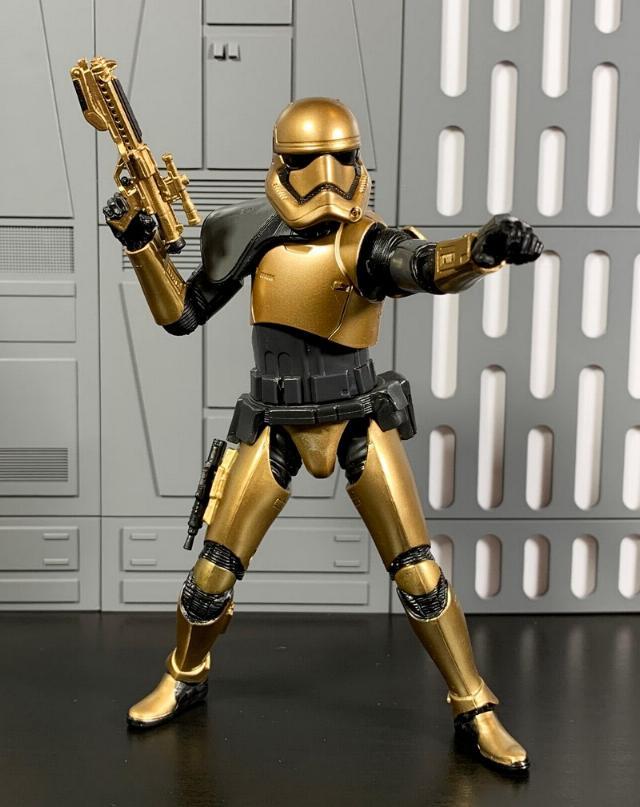 Les produits dérivés Star Wars Galaxy's Edge  First_15