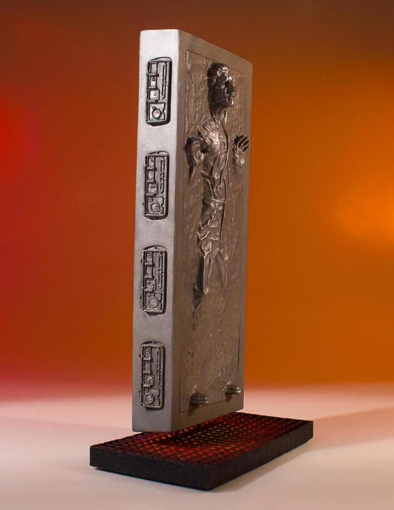 Gentle Giant - Han Carbonite Collector's Gallery statue Han-so15