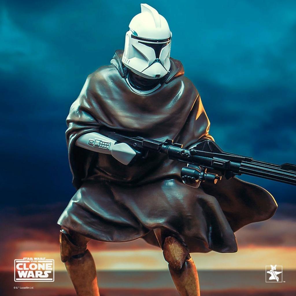 Hawkbat Clone Trooper Statue - Gentle Giant Hawkba10