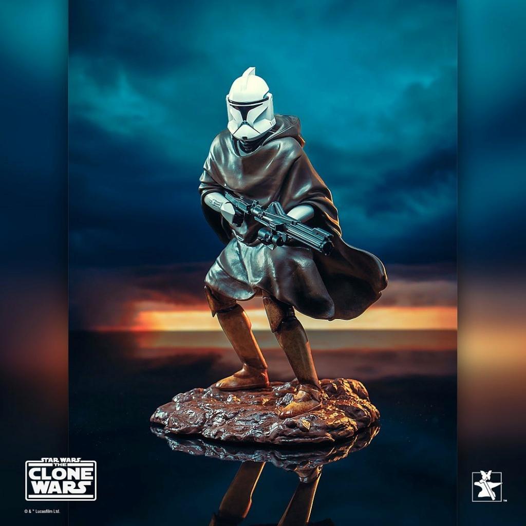 Hawkbat Clone Trooper Statue - Gentle Giant Hawkba11