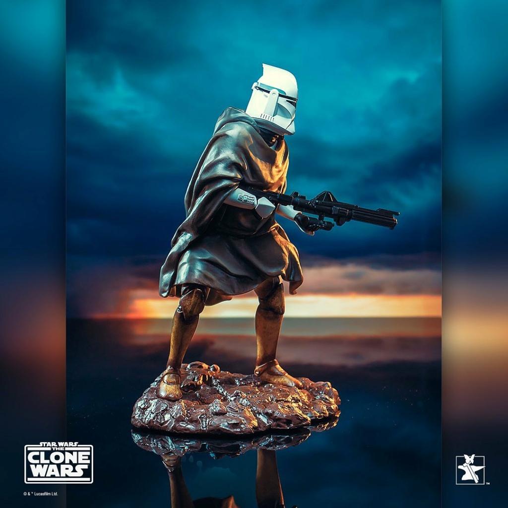 Hawkbat Clone Trooper Statue - Gentle Giant Hawkba12
