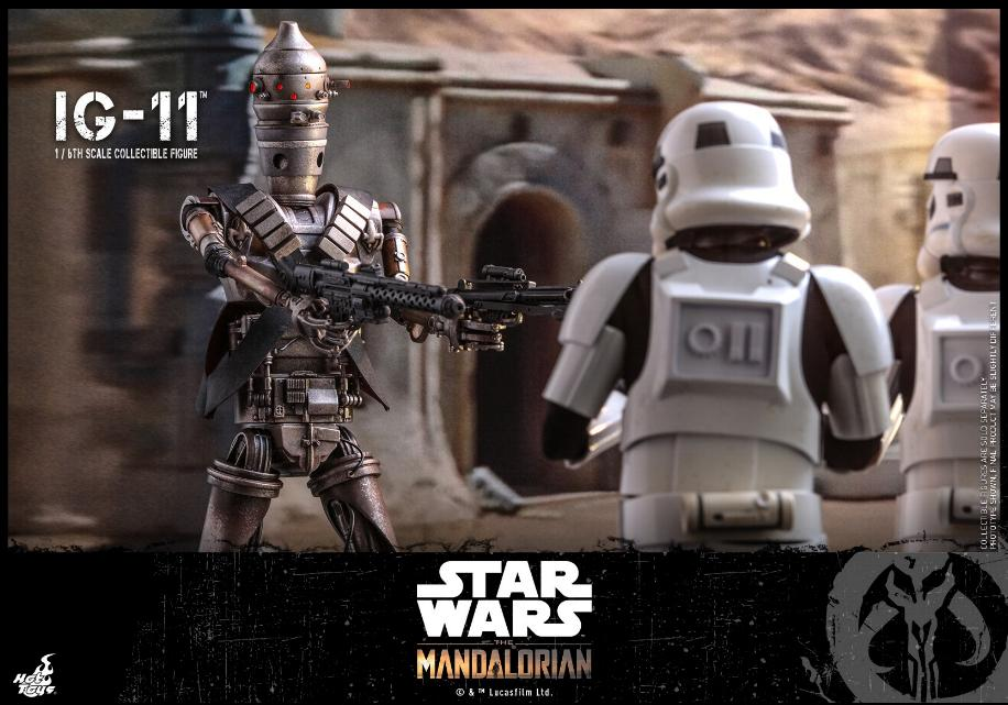 IG-11- 1/6 Scale Figure - Hot Toys Star Wars The Mandalorian Ig11_018