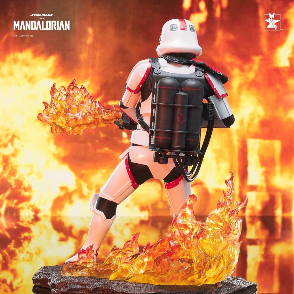 Incinerator Trooper Premier Collection Statue - Gentle Giant Incine30