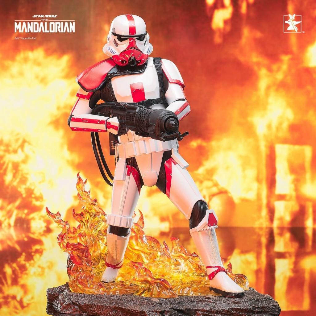 Incinerator Trooper Premier Collection Statue - Gentle Giant Incine31