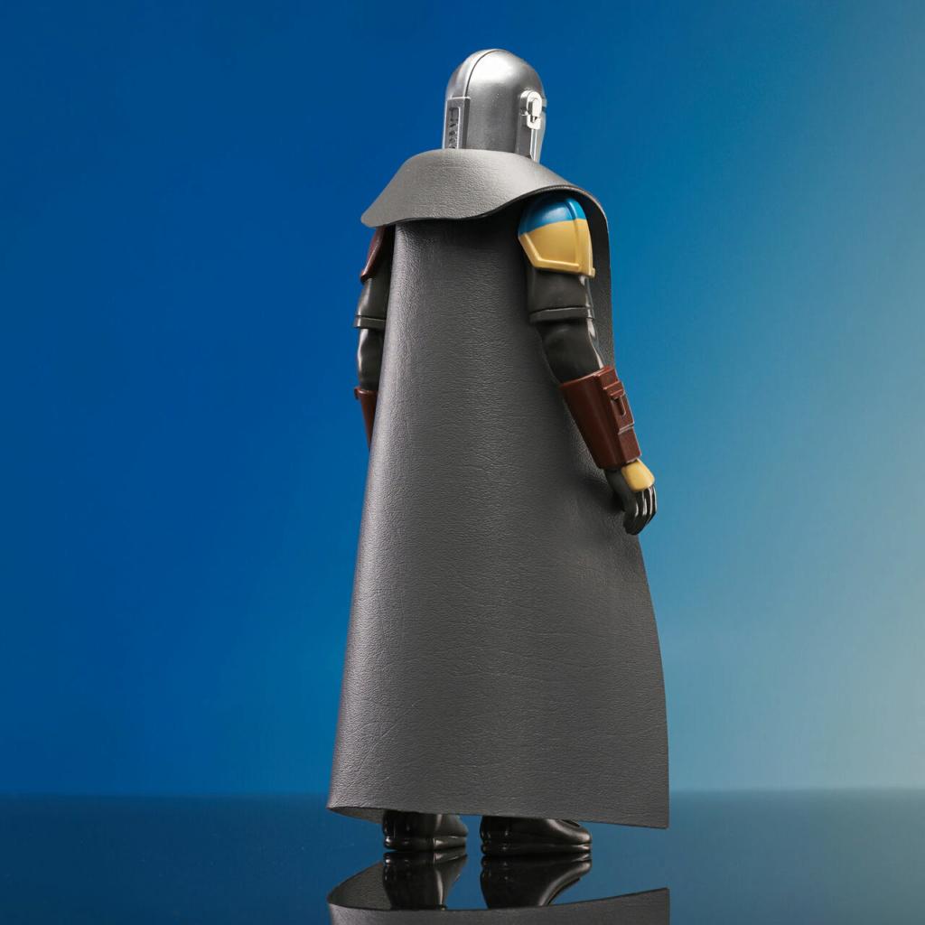 The Mandalorian Jumbo Action Figure - Gentle Giant Jumbo_13
