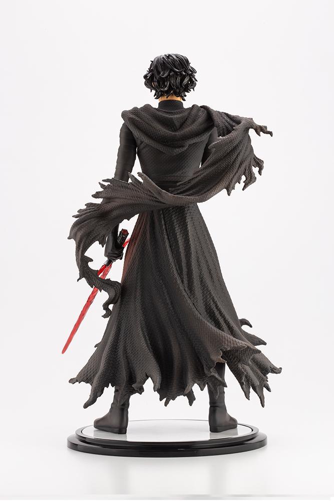 Kylo Ren Cloaked In Shadows - 1/7 ARTFX Artist - Kotobukiya Kylo_a12