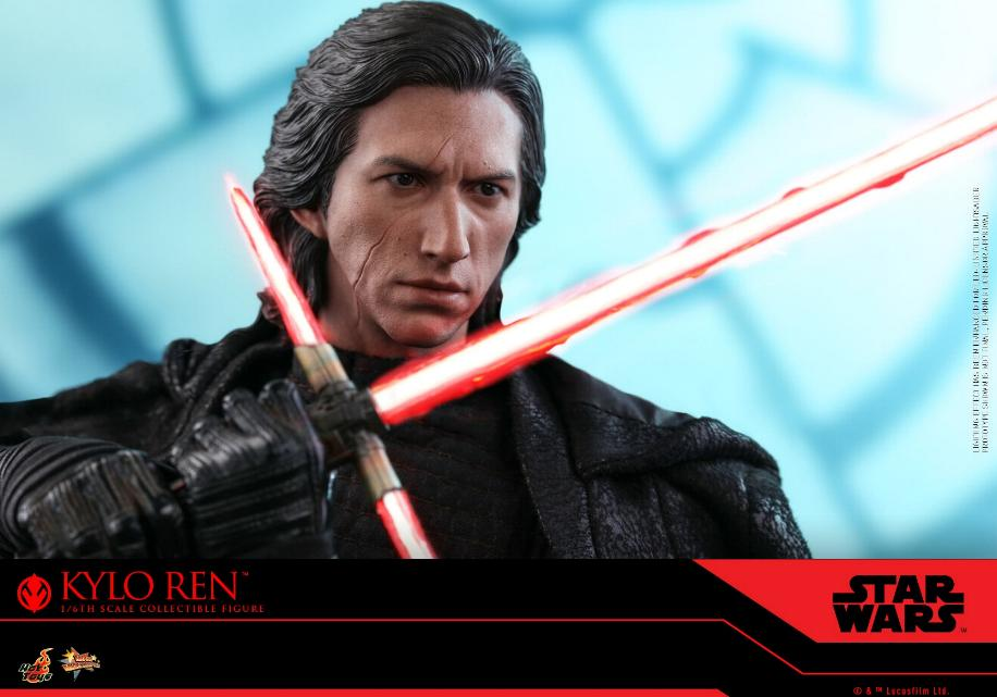 Star Wars Kylo Ren 1/6th Collectible Figure - Hot Toys Kylo_r30